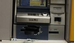 Ladrões tentaram arrombar caixa eletrônico