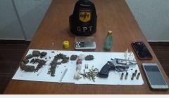 Após denúncia, polícia apreendeu arma e drogas em Quirinópolis